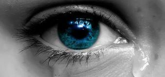 Sognare di piangere: significato, interpretazione e numeri al lotto