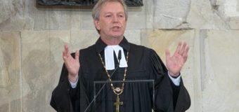 Sognare un prete: Significato, interpretazione e numeri al lotto