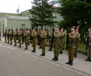 Sognare la divisa militare